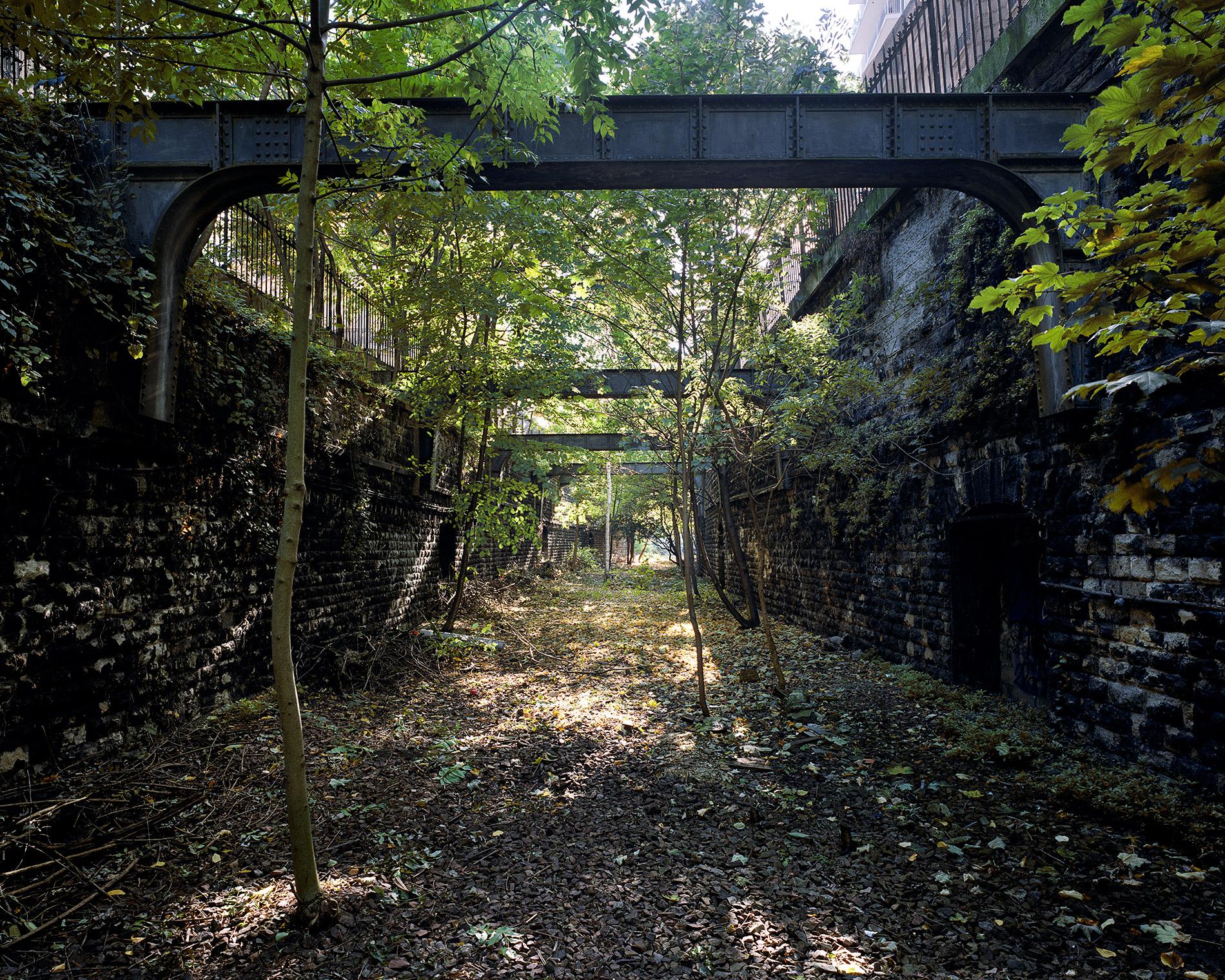La Petite Ceinture, par Thomas Jorion, photographe de ruines et de patrimoines abandonnés.