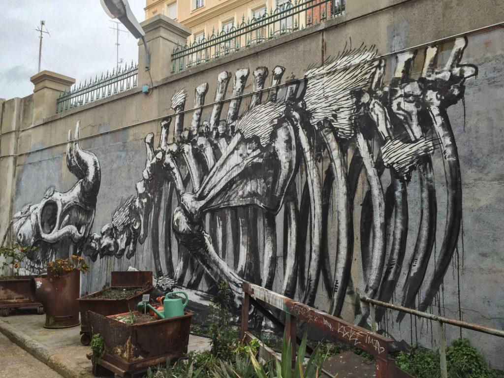 Fresque de ROA à la Tabacalera, Madrid